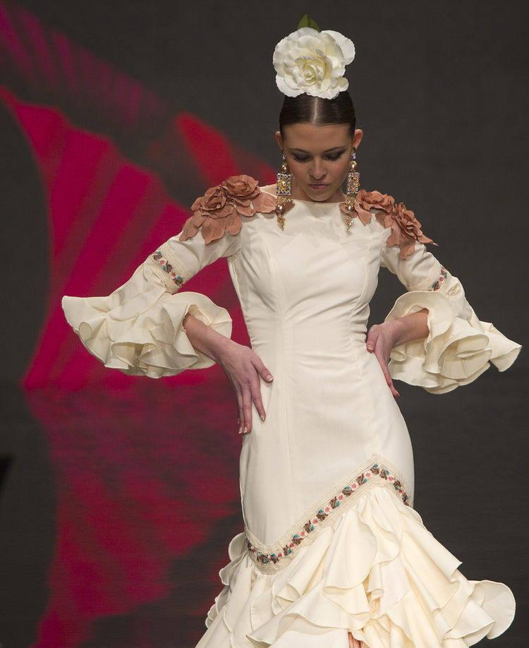 SIMOF 2012. Pasarela de Moda Flamenca en Sevilla