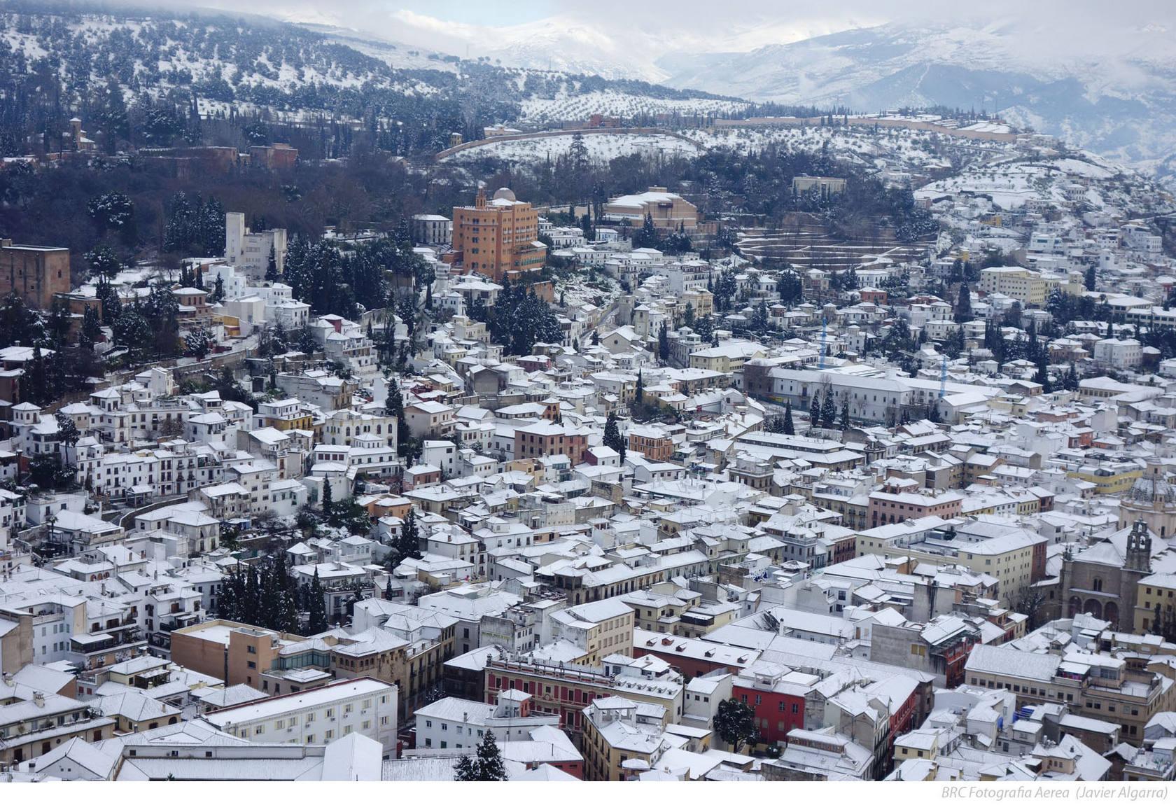 La nieve en Granada vista desde las alturas BRC PRODUCCIONES